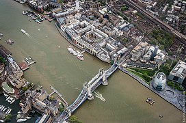 Tower Bridge, aerial view (2015) - panoramio.jpg