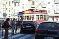 Tramway place Grâce Lisbonne 2.jpg