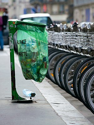 "Bin bag - A public waste bag  in Paris displaying the inscription ""Vigilance - Propreté"" (""Vigilance - cleanliness"")"