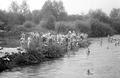 Truppe beim Waschen im Fluss - CH-BAR - 3236467.tif