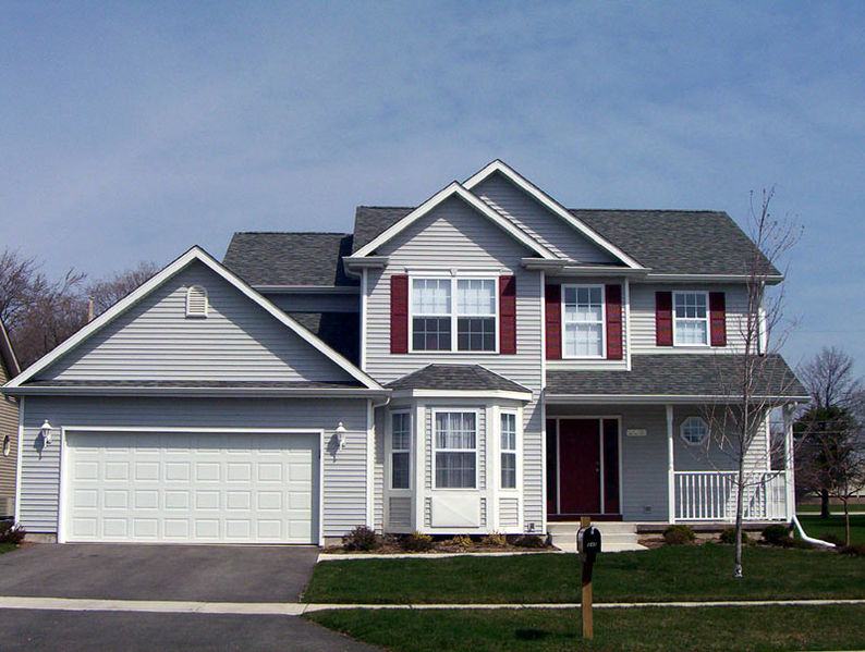 File:Two-story single-family home.jpg