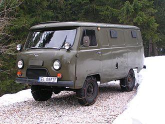 UAZ - UAZ-452