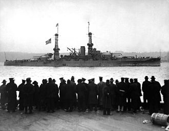 USS Arizona (BB-39) - Arizona at the New York City naval review, leading ten dreadnoughts that paraded past Secretary of the Navy Josephus Daniels