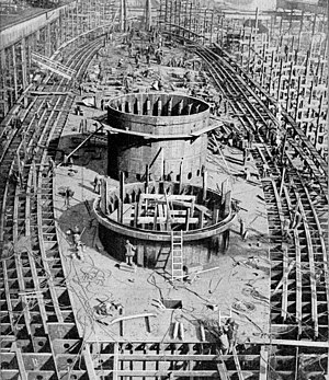 USS Maryland (BB-46) - Hull of Maryland under construction c. 1917