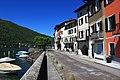 Uferpromenade von Brusino Arsizio.jpg