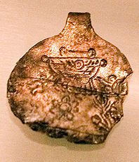 Urartian Locket 05.jpg