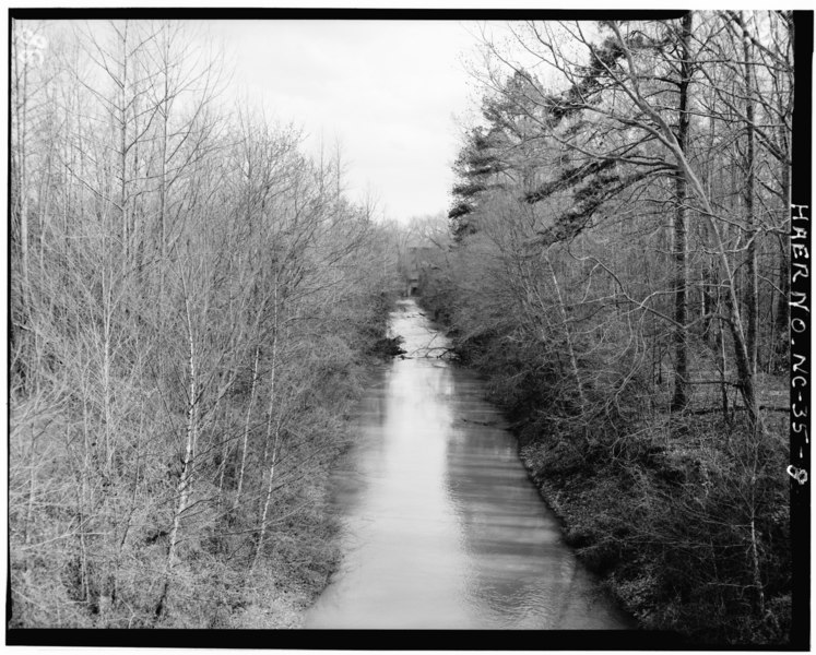 File:VIEW OF CANAL, LOOKING TOWARDS WEST ELEVATION OF POWERHOUSE - Lockville Hydroelectric Plant, Deep River, 3.5 miles upstream from Haw River, Moncure, Chatham County, NC HAER NC,19-MONC,1-8.tif
