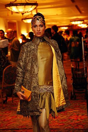 1st Lux Style Awards - Vaneeza Ahmad (Best Model)