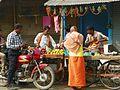 Varanasi 254b grocery (34405917535).jpg