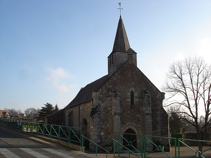 Verneuil-sur-Igneraie (36): L'église.