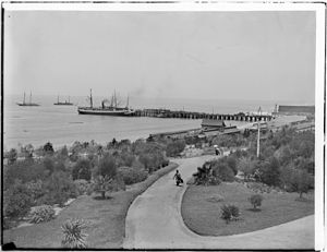 Redondo Beach pier - View of Redondo Beach Pier and railroad station from the Redondo Hotel, ca.1900