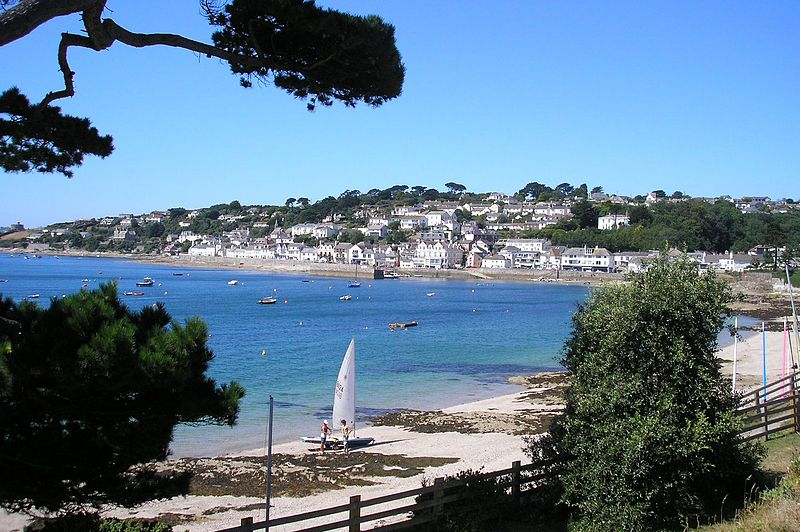 File:View of St Mawes.jpg