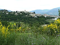 Vinsobres (France) From West 2007.JPG
