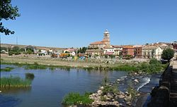 View of Tordómar from the Arlanza river Roman bridge, 2008