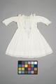 Vit barnklänning - Livrustkammaren - 86881.tif