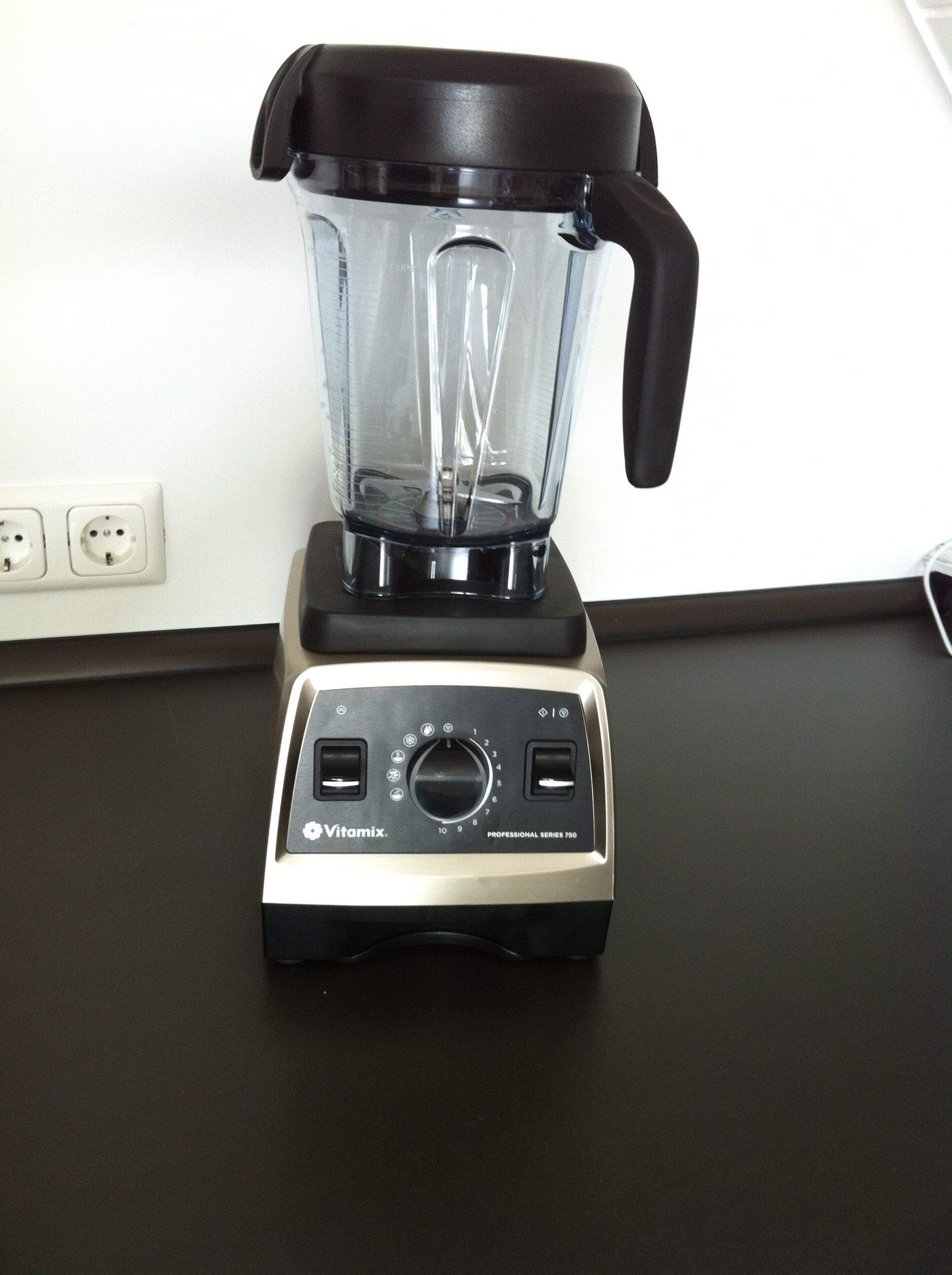 filevitamix series 750jpg - Vitamix 750