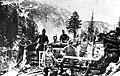 Vojaki 27. domobranskega pehotnega polka so jeseni 1915 za gradnjo lesenih objektov na planini Duplje z nečloveškimi napori vozili les tudi iz Bohinja.jpg