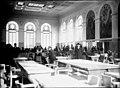 Vue de la grande salle de lecture de la Bibliothèque municipale de Toulouse, rue de Périgord, le jour de son inauguration, le 30 mars 1935 (7942248332).jpg