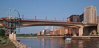 Wabasha Street Bridge 2014.jpg