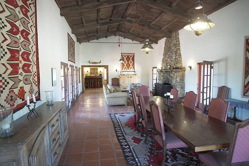 File:Walking Box Ranch Dining Hall.jpg