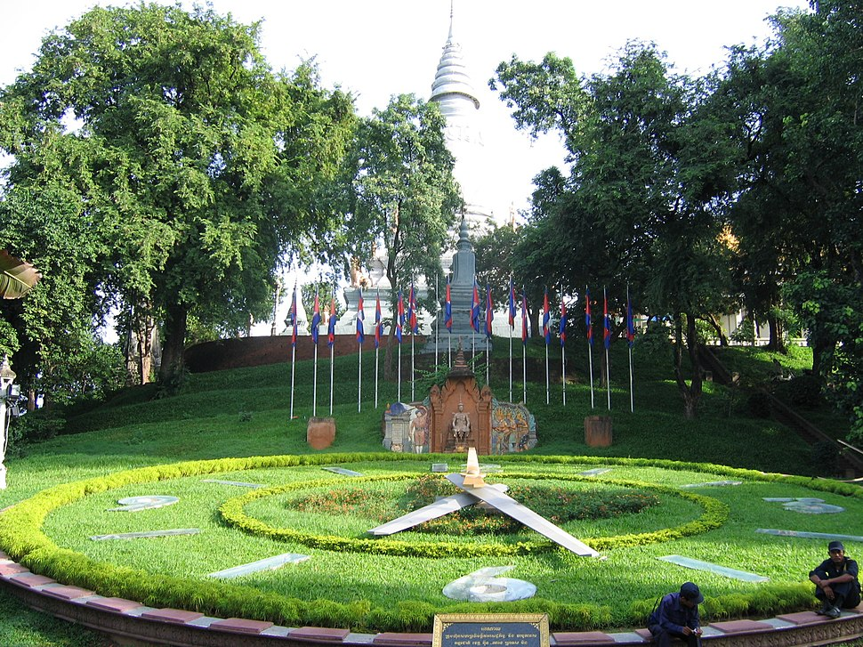 WatPhnom PhnomPenh 2005 2