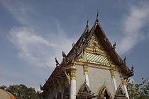 Wat Intharawihan - Temple 2.jpg