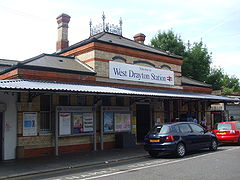 West Drayton stn main entrance.JPG