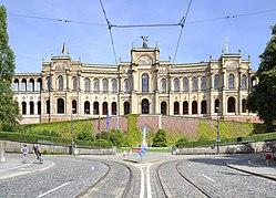 Westseite des Maximilianeum, 2013.jpg