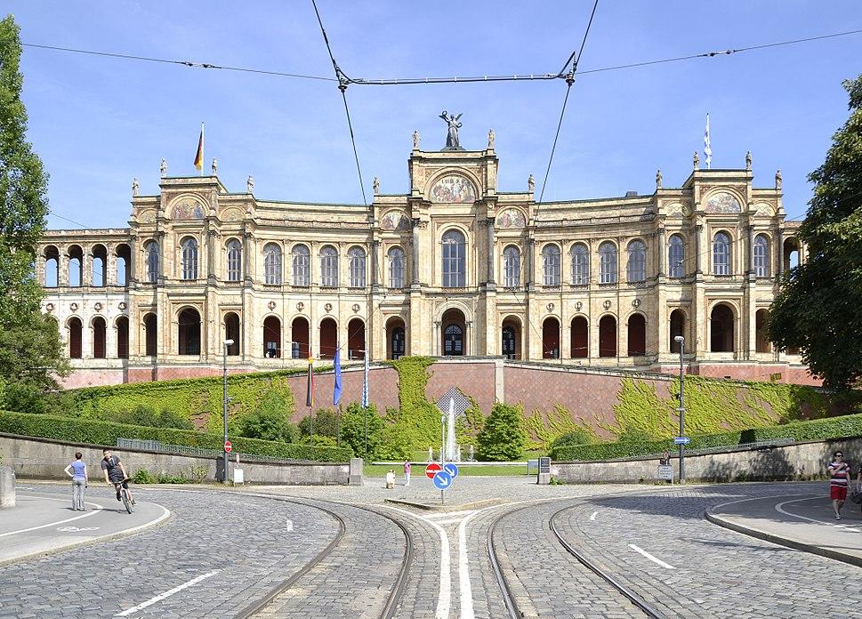 Westseite des Maximilianeum, 2013