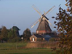 Windmühlen in Lichtenhagen.JPG