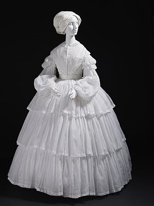 Muslin - Woman's muslin dress, Europe, c. 1855. Los Angeles County Museum of Art, M.2007.211.755.