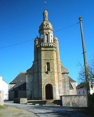 Arzano, Finistère - The parish church of Saint-Pierre-aux-Liens, in Arzano