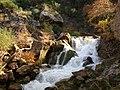 Ορμητικά νερά στην χαράδρα του Βουραϊκού.jpg