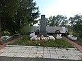Братская могила советских воинов, партизан и жертв фашизма в окрестностях деревни Жестяная Горка 3.jpg