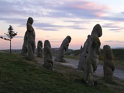 Кам'яні баби на горі Крем'янець..jpg