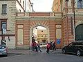 Конюшенная площадь, 2Г. Конюшенный музей, ворота.jpg
