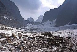 Ледник Азаровой.jpg