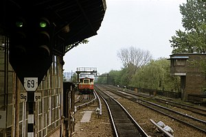 Berlin Bellevue station - View from platform to the East, 1990