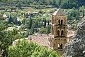 080913-137 Moustiers-Ste-Marie - clocher de l'église paroissiale ND de l'Assomption dans le bourg.jpg