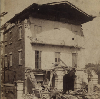 William Ravenel House - The Earthquake of 1886 severely damaged 13 East Battery.