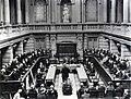 1932 Het 60e lustrum der Amsterdamse Gemeente Universiteit. De plechtige opening in de Aula.jpg