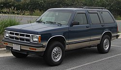 1993-1994 Chevrolet S-10 Blazer LT 4-door