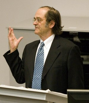 Giovanni Arrighi - Giovanni Arrighi giving a lecture at the Faculty of Humanities at Rhodes University, Grahamstown, South Africa (April 18, 2007)