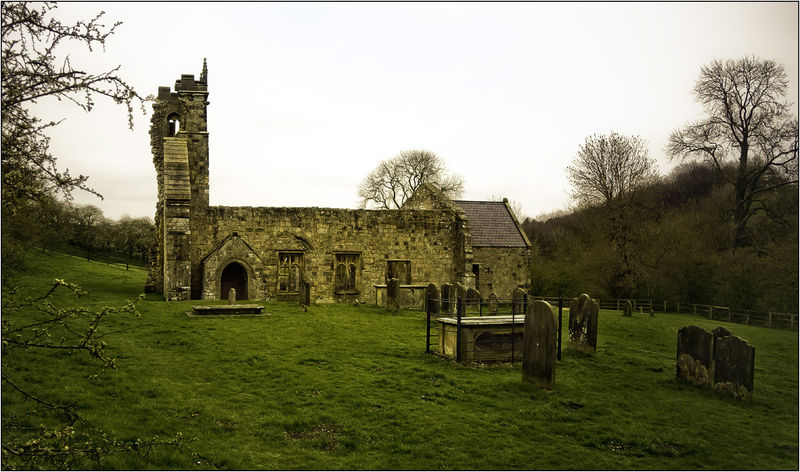 File:2009-04-11 GreatBritain Yorkshire WharramPercy.jpg
