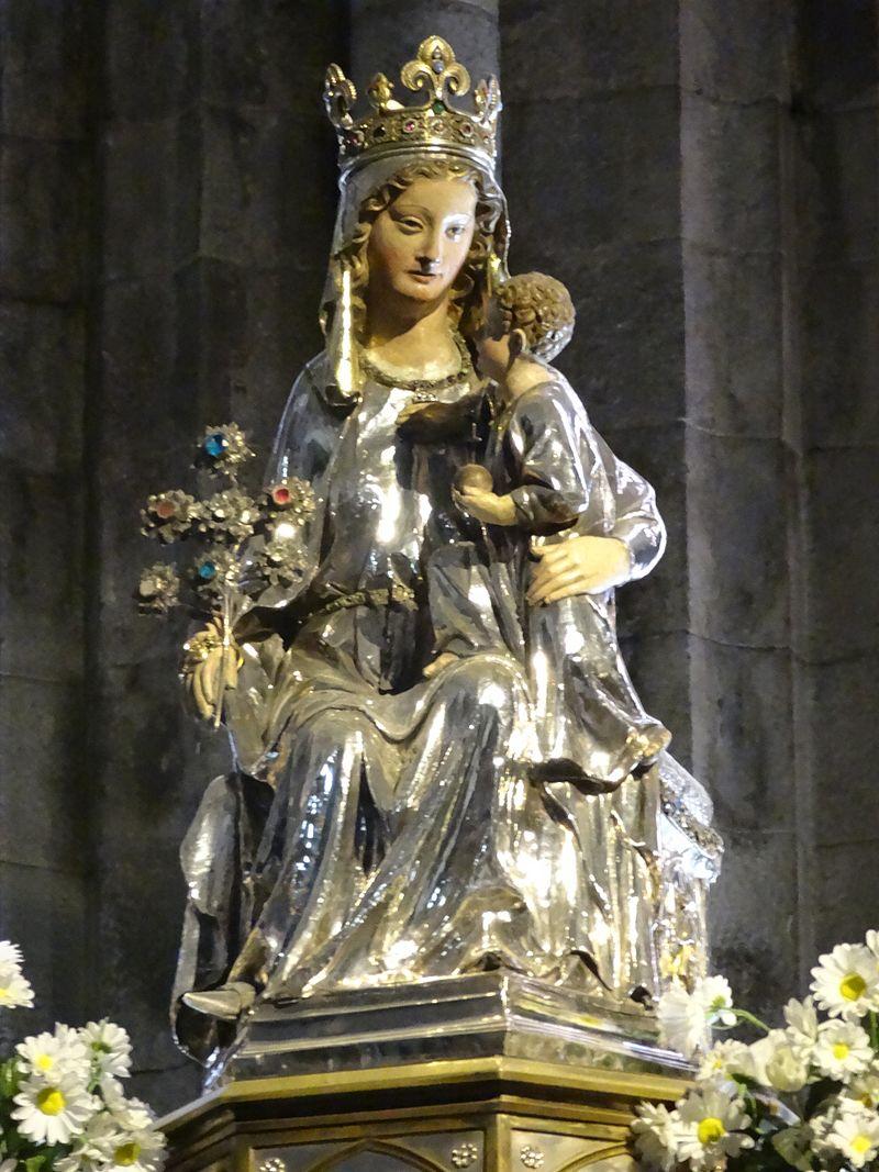 2012 Roncesvalles 21 Iglesia Maria.JPG