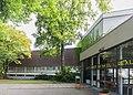 2013-09-02 Gottfried-Kinkel-Schule, August-Bier-Straße 2a, Bonn-Kessenich, Blickrichtung Süden IMG 0927.jpg