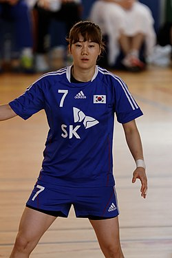 20140812 - Issy Paris Hand-South Korea 09.jpg