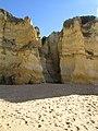 2018-02-02 Cliff erosion Praia de Coelha, Albufeira.JPG