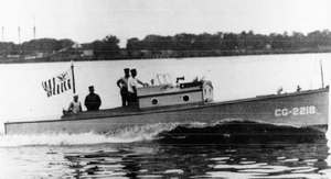 Picket boat - Image: 36 foot coast guard picket boat circa 1920s
