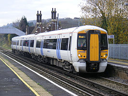 375308 arriving at Cuxton.jpg